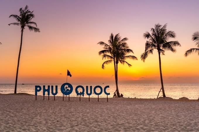 Muốn du xuân đảo ngọc, hãy book vé Tết đi Phú Quốc ngay từ bây giờ!